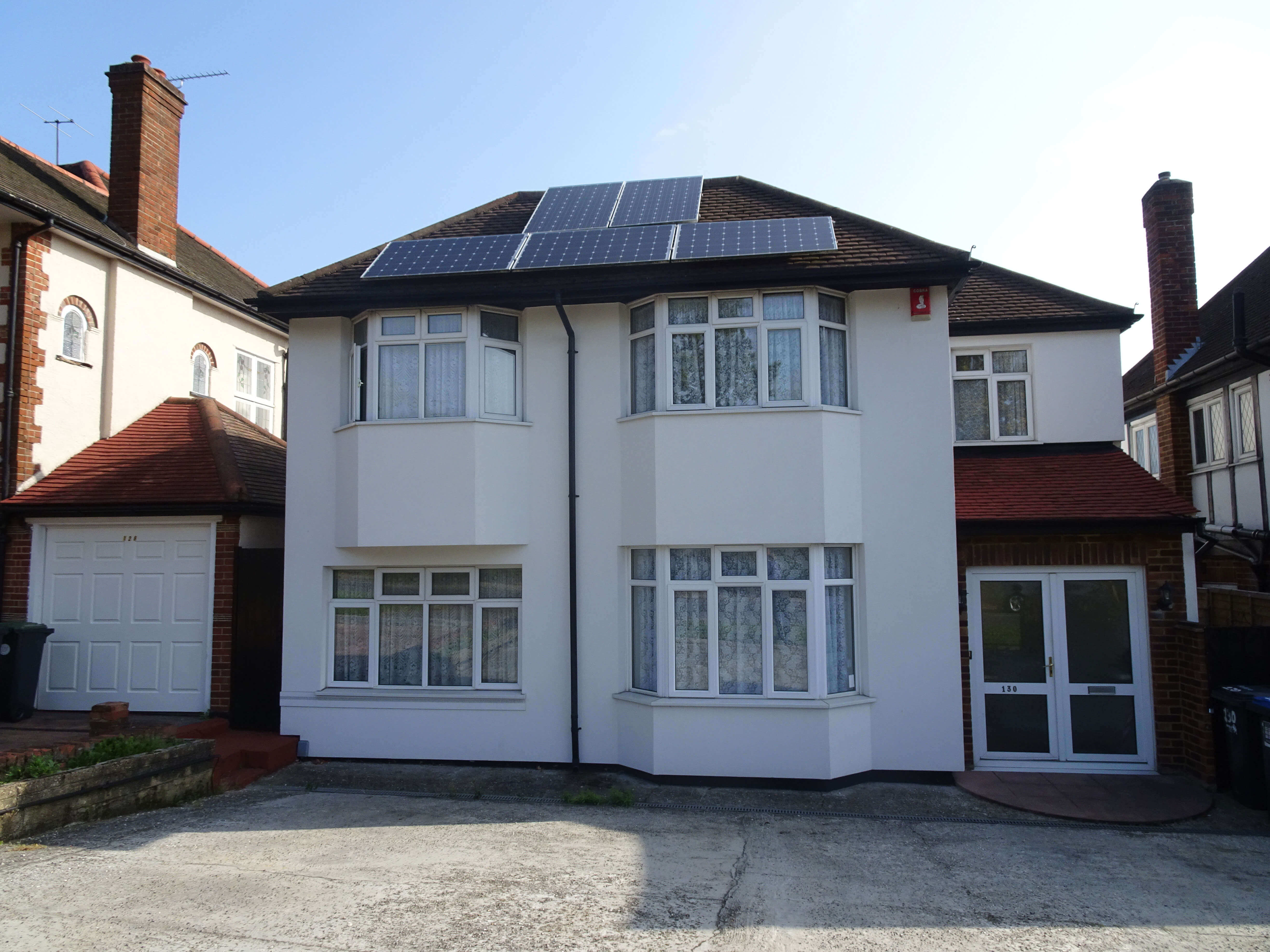 5 bed detached house to rent - Chase Road, London N14
