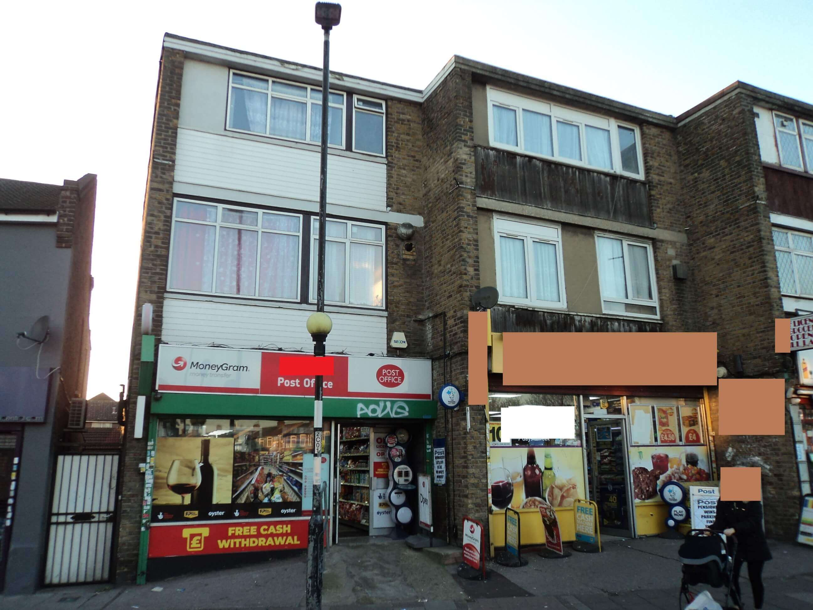 OFF LICENSE/NEWS AGENT/POST OFFICE/EAST LONDON/REF NO: 24920